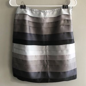 J. McLaughlin Holiday Grosgrain Skirt Size 2
